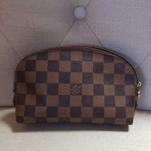 Authentic Louis Vuitton damier cosmetic bag